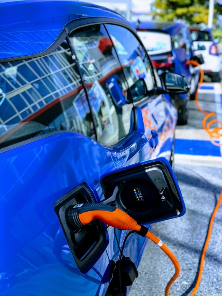 electric-car.jpg#asset:2593:articleTransform