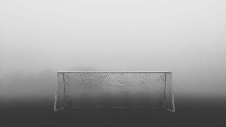 goal-posts-mist.jpg#asset:2244:articleTr